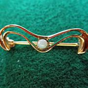 Sweet Edwardian 14K Brooch With Opal