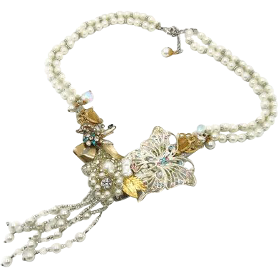 Butterfly Bridal Bib Necklace - Big statement - Vintage Assemblage in White - InVintageHeaven