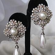 Beautiful Vintage Rhinestones & Pearls Earrings