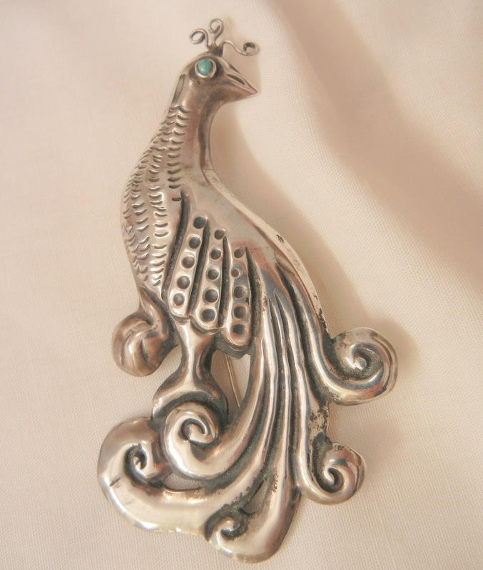 Fantastic huge early 1900's Turquoise eye Mexico Silver Peacock c clasp Brooch