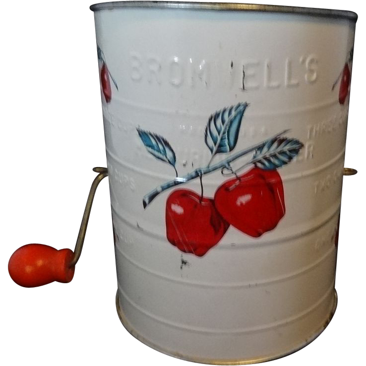Vintage Bromwell's 3-Cup Sifter