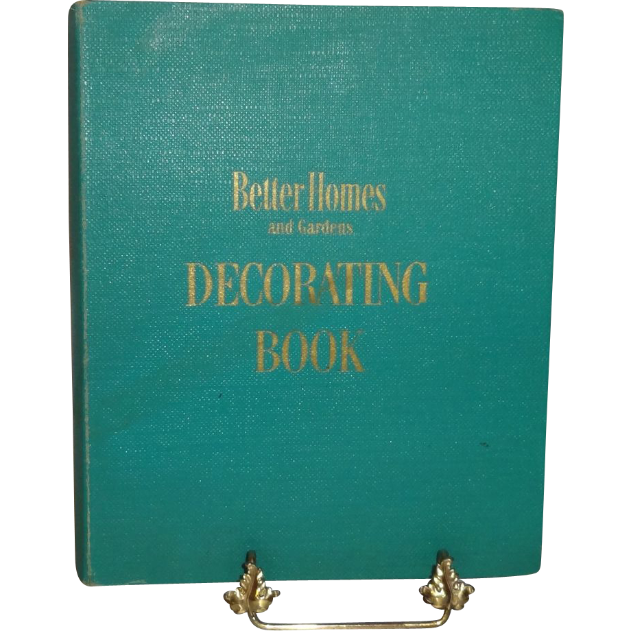 Better Homes and Gardens Decorating Book First Edition c
