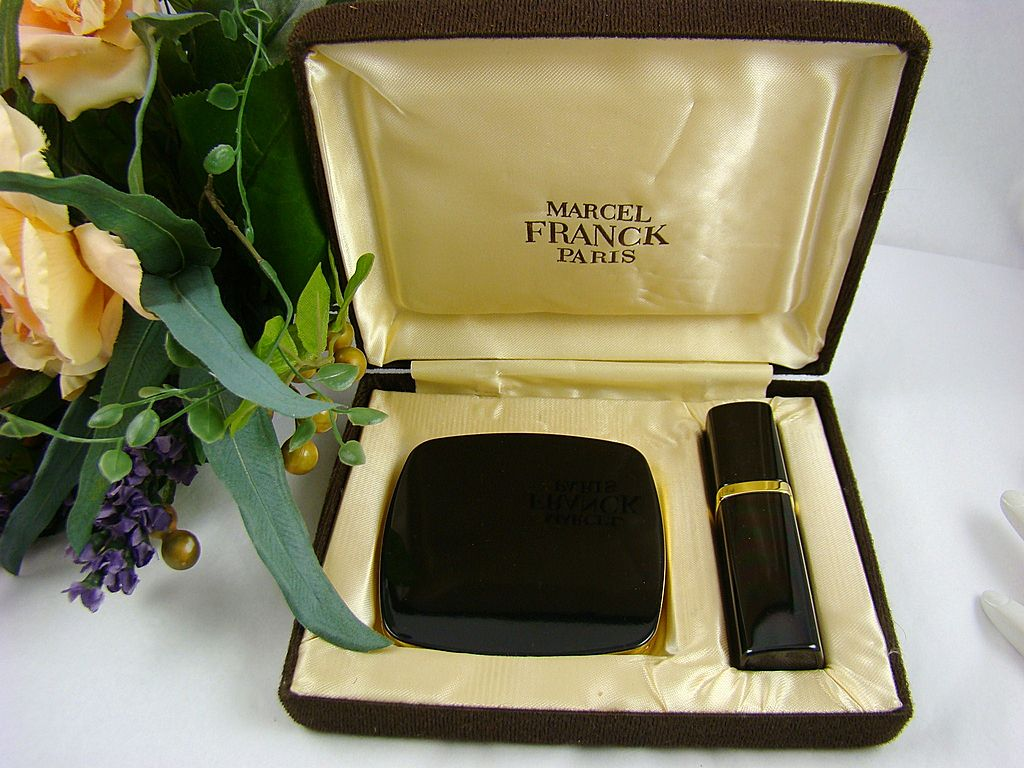 Marcel Franck Paris Compact and Atomizer in Black