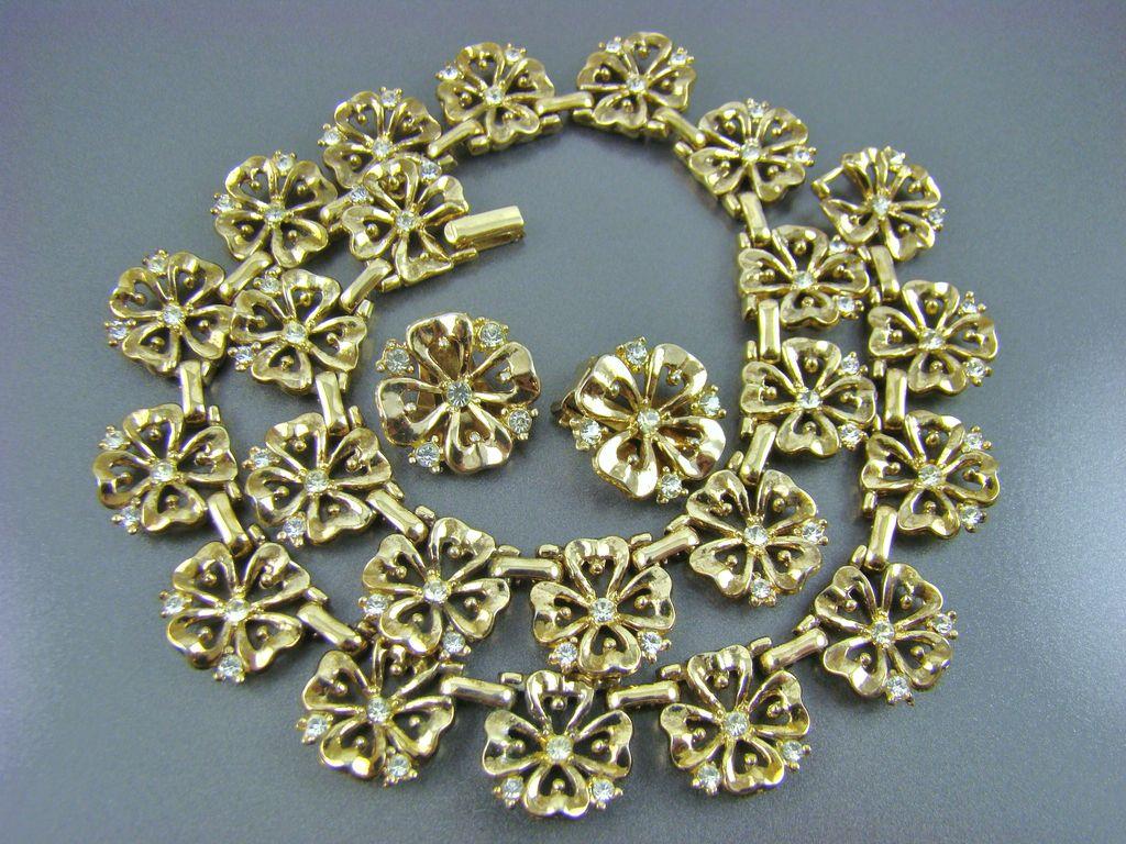 1940's Trifari Patent Pending Gold Plated and Rhinestone Demi Parure