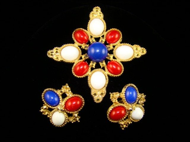 "Vintage Sarah Coventry ""Americana"" Brooch and Earrings"