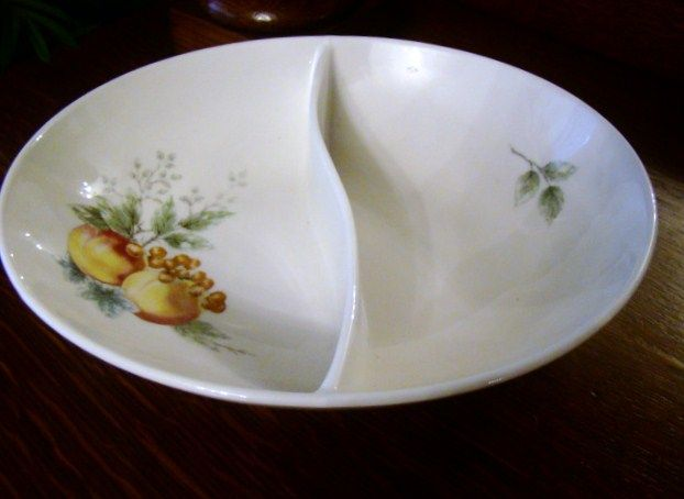 Discontinued 1960s Syracuse Carefree China Oval Divided Bowl ~ Wayside ~Mint