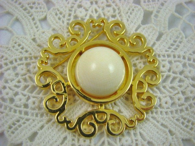 Vintage Nettie Rosenstein  Ivory Colored Gold Plated Brooch