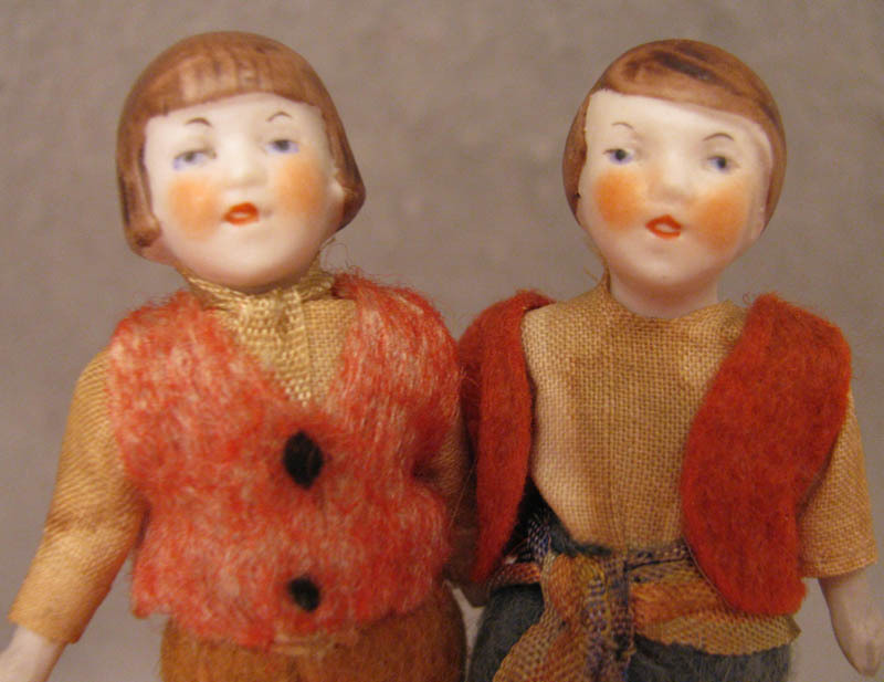 """All Original 3.25"""" Doll House 1920s-40s Pair All Bisque Dolls"""