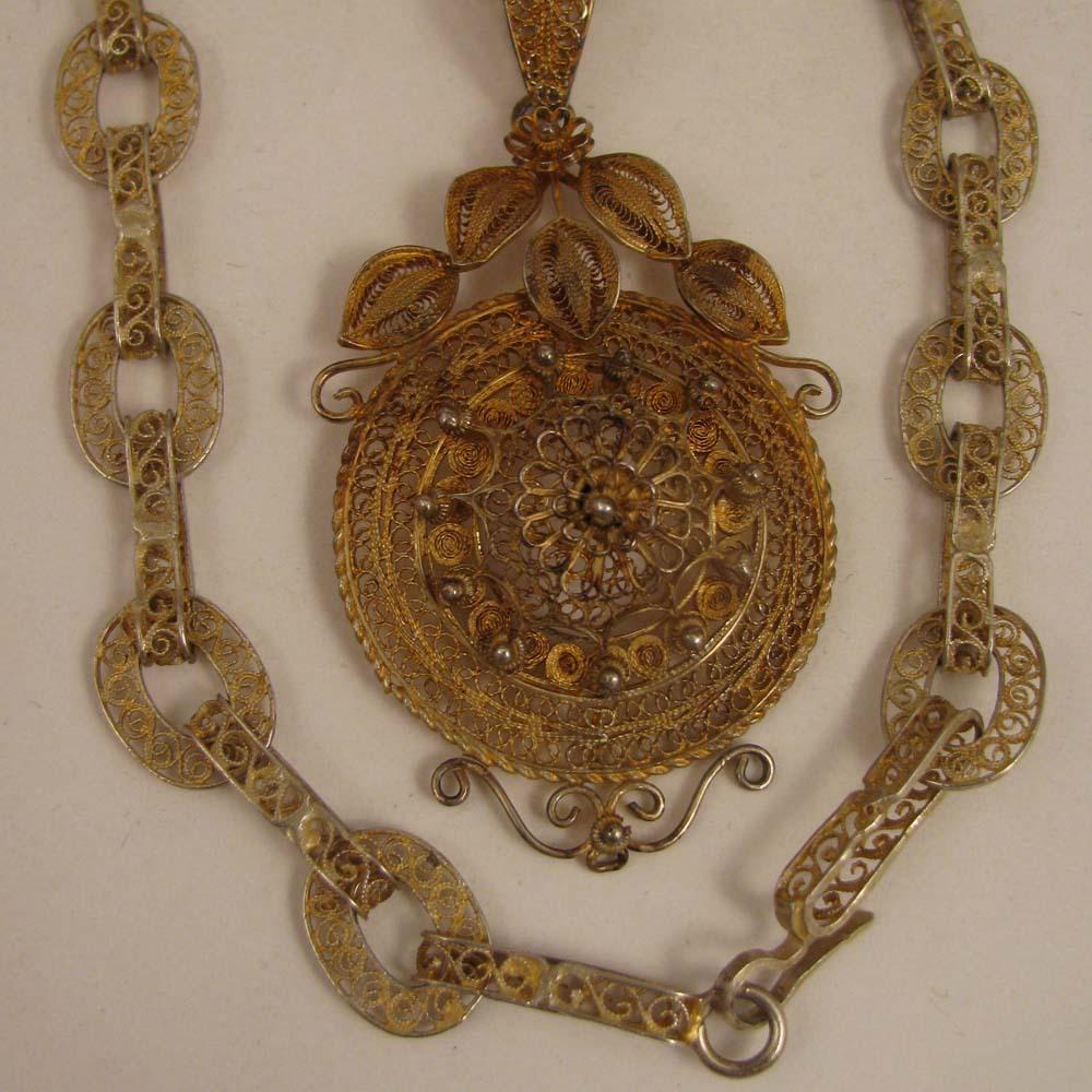 c.1900 Filigree 900 Silver Necklace Chain & Pendant