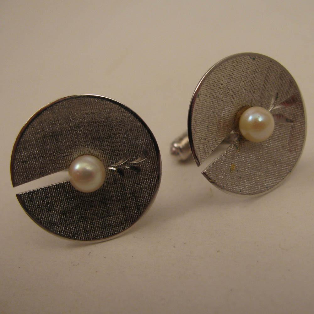 MId Century Modern Mans Sterling Silver Cultured Pearl Cufflinks