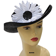 SALE flower straw hat navy & white