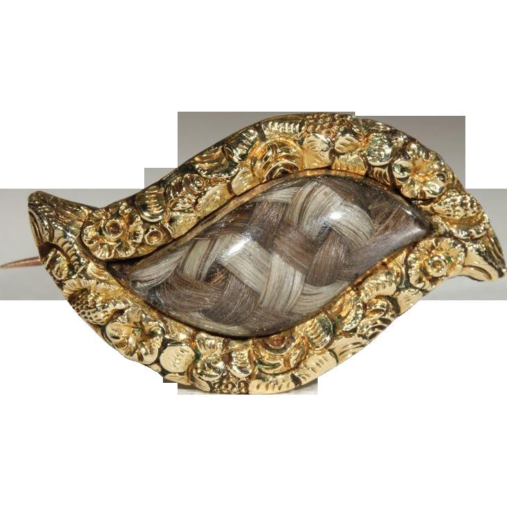 Antique Georgian Mixed Hair Eye Shaped Brooch, 18k c.1800
