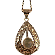 Sterling Silver Pendant with Rainbow Moonstone.