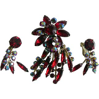 Stunning Vintage 1950s Red Rhinestone & AB Shooting Star Brooch and Earring Set