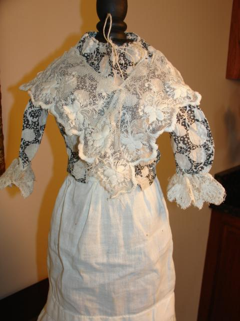 Gorgeous Early Doll Blouse~Black/White Print