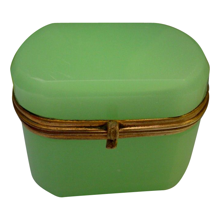 "Antique French Green Opaline Hinged Box ""OVAL"""