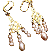 Natural Pearl Dangling Earrings Pierced