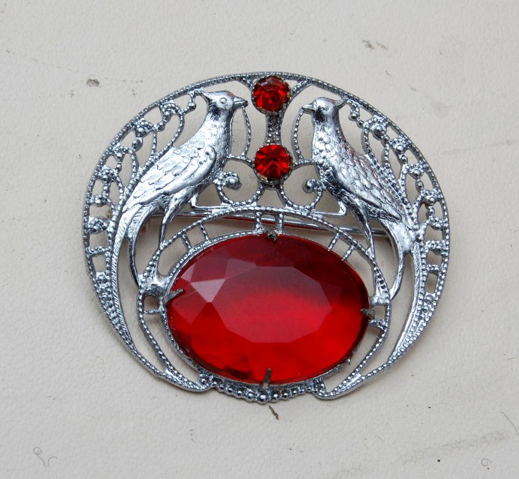 Pair of Birds in Filigree Brooch With Unfoiled Red Rhinestone