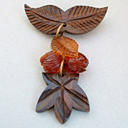 FABULOUS Carved Vintage WOOD Brooch Dangly Vintage Plastic Beads c.1940's