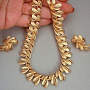 EXQUISITE Vintage CORO FRANCOIS Designer Signed Necklace Earrings Leaf Motif - MINT c.1950's