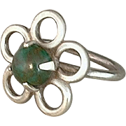 Vintage NATIVE American Sterling Navajo Ring BLOODSTONE Gemstone Handcrafted Flower Motif Size 6 c. 1960s
