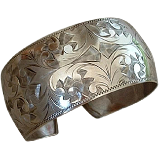 SALE Antique 950 VICTORIAN Sterling Silver BANGLE Bracelet CUFF Floral Paisley Scrollwork 27 Grams c.1900s